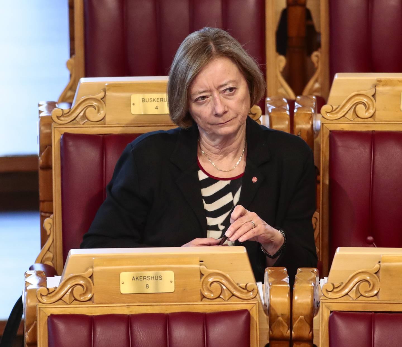 Lise Christoffersen (Ap) sier at partiet vil stemme mot forslaget om lovendringen rundt Navs virkningstidspunkt for uføretrygd. Foto: Lise Åserud / NTB