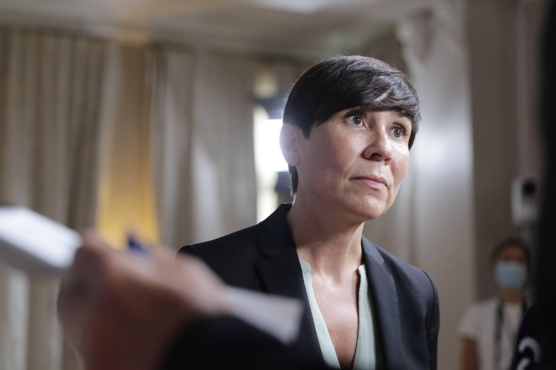 Utenriksminister Ine Eriksen Søreide holder pressemøte om situasjonen i Afghanistan. Foto: Berit Roald / NTB