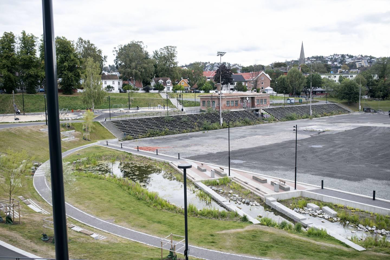 Til våren vil hele Jordal idrettspark være oppgradert med totalrehabilitert klubbhus, nye tribuner, kunstgress med undervarne, og ny skatepark.