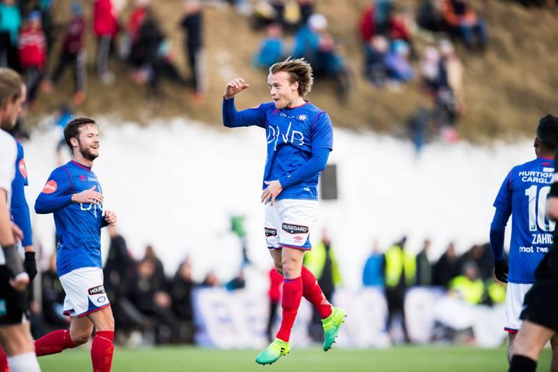 Bård Finne var fornøyd med å score kampens morsomste mål.