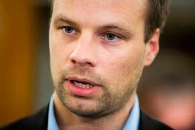 Jon Helgheim ute av Stortinget – skylder på KrF og Venstre: – De er opptatt av veldig sære ting