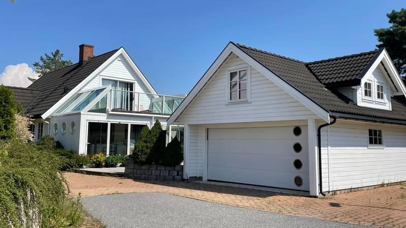 Krydderveien 91 er solgt for kr 4.600.000 fra Tommy Tønnesen til Synnøve Skaar og Øystein Sagen Johansen.