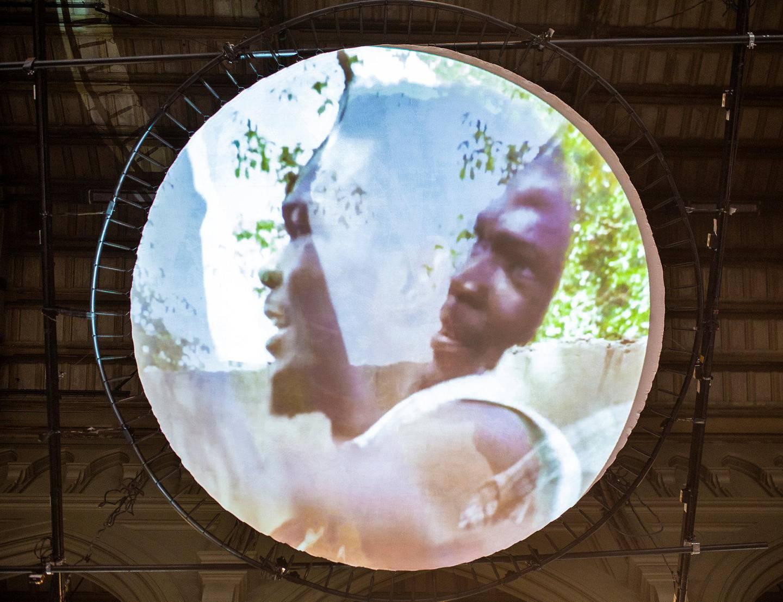 Anawana Haloba har laget en installasjon inspirert av historien om Edward M. Nkoloso, mannen som ville starte Zambias første romprogram i 1964.