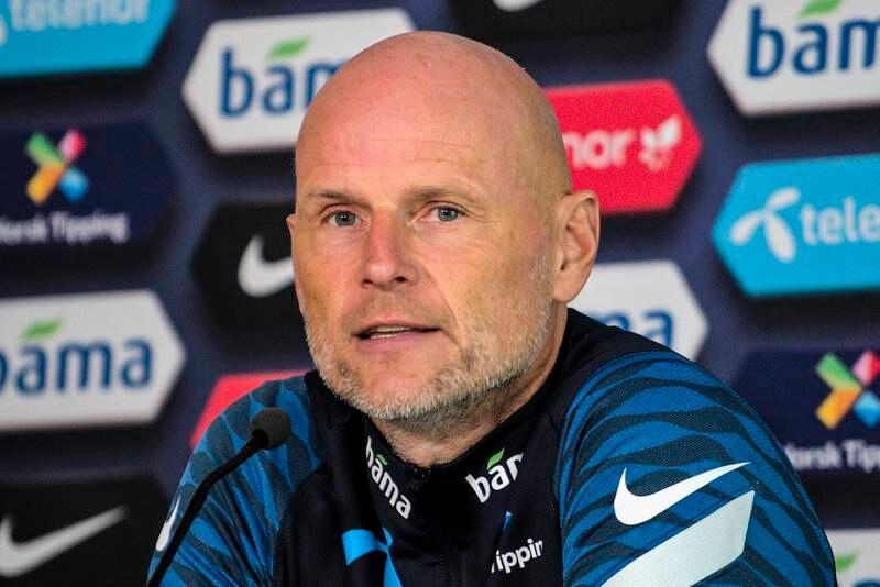 Landslagssjef Ståle Solbakken presenterte landslagstroppen til VM-kvalifiseringskampene mot Tyrkia og Montenegro på Ullevål stadion i Oslo.