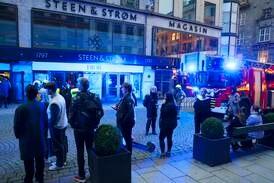 Brann i Steen & Strøm i Oslo under kontroll