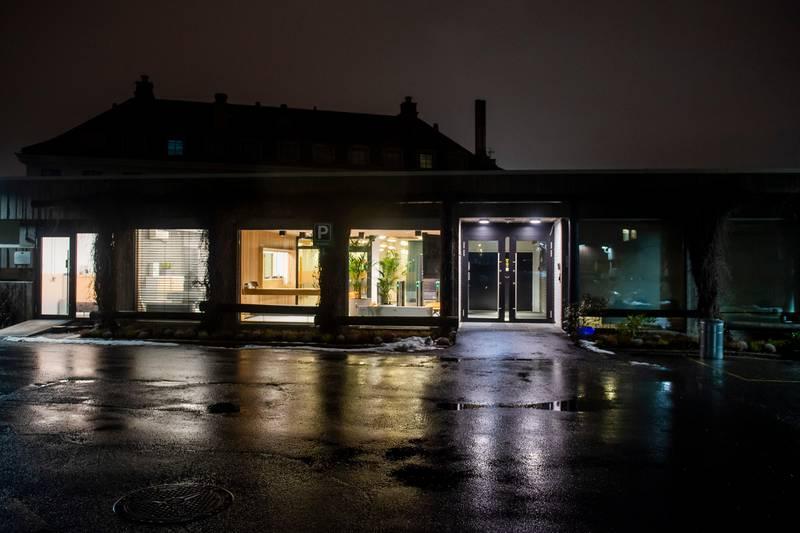 Oslo 20200303.  Folkehelseinstituttet (FHI) er et norsk statlig forvaltningsorgan underlagt Helse- og omsorgsdepartementet og ligger i Oslo. Foto: Fredrik Varfjell / NTB scanpix