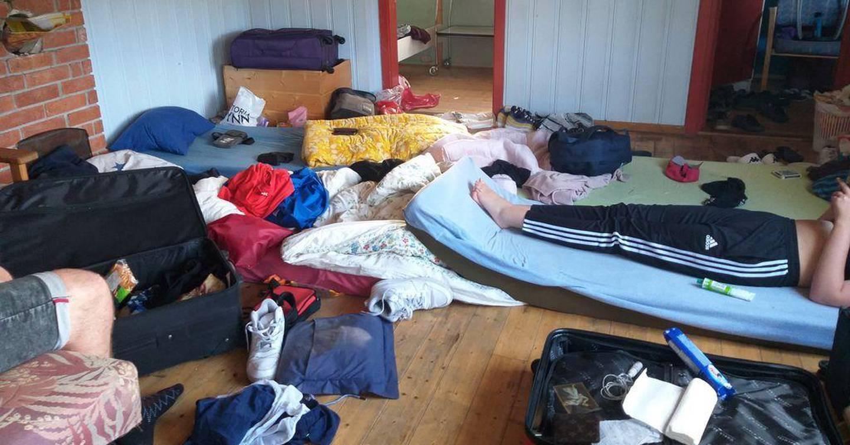 INNKVARTERING: Ungdommene ble innkvartert på en nedlagt campingplass på Harestua. Foto: Torgny Hasås
