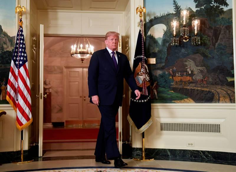 President Donald Trump i Det hvite hus for å snakke om USAs reaksjon på det angivelige kjemiske angrepet i Syria sist fredag. USA når ikke målene i krigene i Midtøsten, skriver kronikkforfatteren. FOTO: SUSAN WALSH/NTB SCANPIX