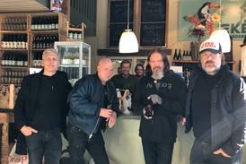 Order: Svart musikk, svart øl