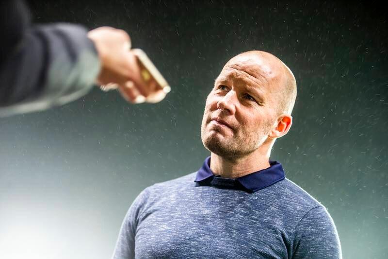 Henrik Pedersen får fortsette som Strømsgodset-trener. Foto: Trond Reidar Teigen / NTB