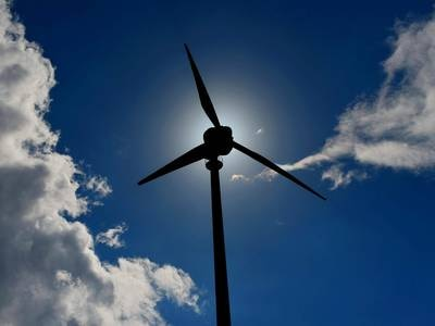 FN: Over 400 milliarder dollar til fornybar energi