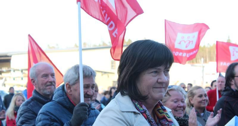 NATURLIG LØNNSNIVÅ: Rygge-ordfører Inger-Lise Skartlien leder Fellesnemda Moss Rygge. Hun mener at lønnsnivået til rådmannen i Nye Moss er i tråd med det som er rådmannslønn i bykommunene i Østfold.