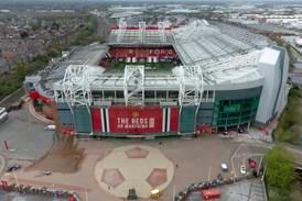 Manchester United la fram milliardtap