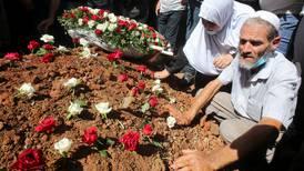 Små håp om endring i Algerie