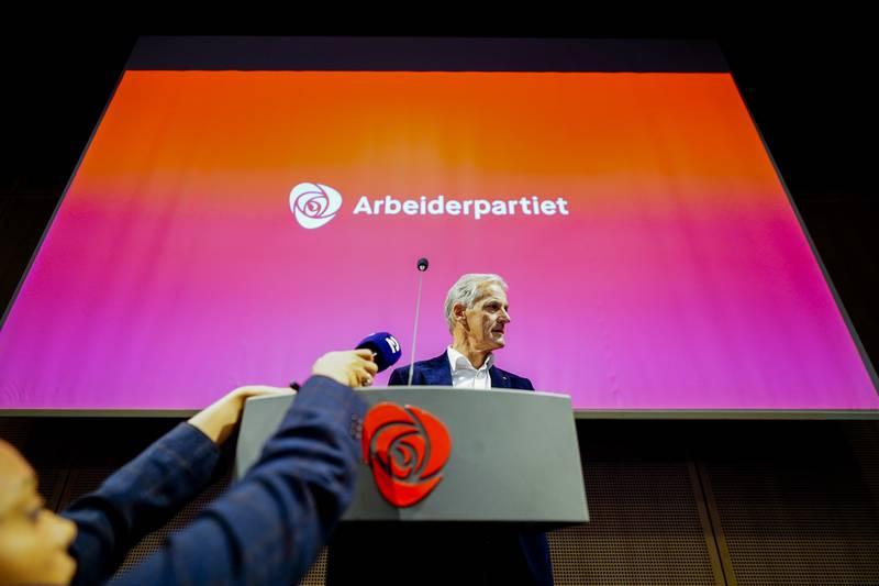 Den kommende regjeringen må sørge for at den økonomiske dimensjonen får like stor plass i norsk utenrikspolitikk, som den sosiale og klimamessige bærekraften, skriver innleggsforfatterne.