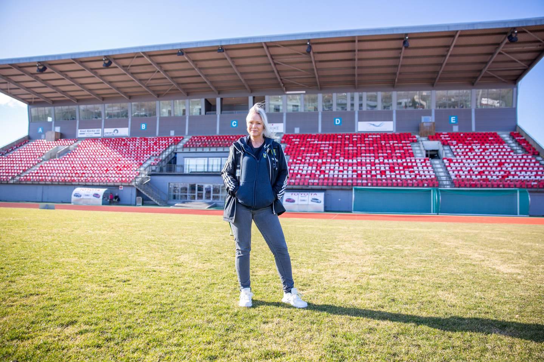 Linda Wensell, styreleder i Rapid Athene, reagerte på at verken MFK eller kommunen hadde vært i kontakt med klubben om salg av navnerettighetene på Melløs.