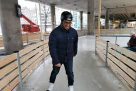 Ny skøytebane i Oslo: Nå kan du gå på skøytetur rett ved Grønland T-bane