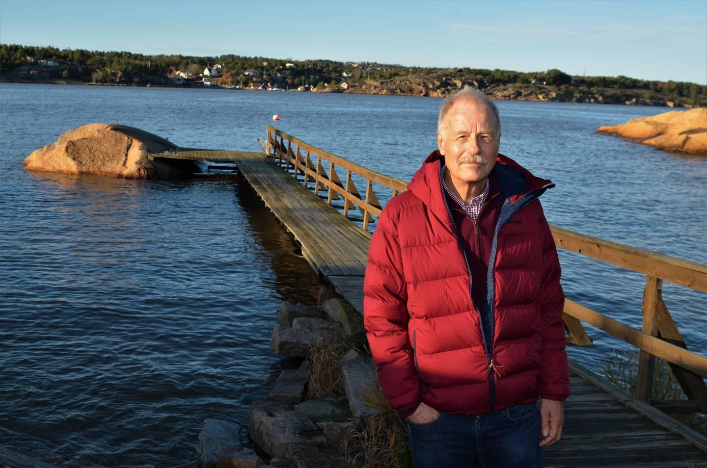 For 30 år siden var pensjonert sivilingeniør Arne Inglingstad i Kråkerøy Lions med å bygge brygga på Langøya.