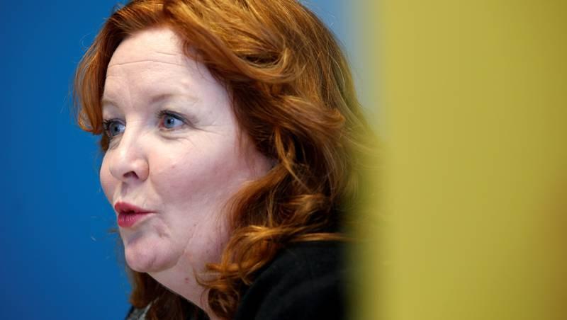 Nestleder i KrF, Dagrun Eriksen, mener det viktigste for å bli kvitt barnefattigdom er å få foreldrene inn i arbeid. Fjerne kontantstøtten vil hun ikke.