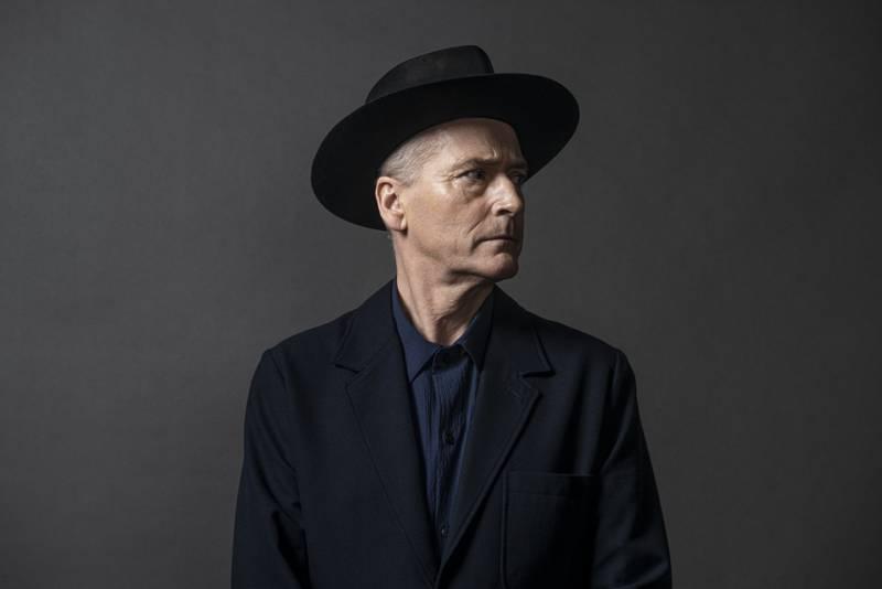 Fredag 17. september slapp Morten Abel albumet «Bare prøv deg, sjelefred». Dette er hans tredje soloalbum på norsk og siste ledd i en planlagt trilogi.