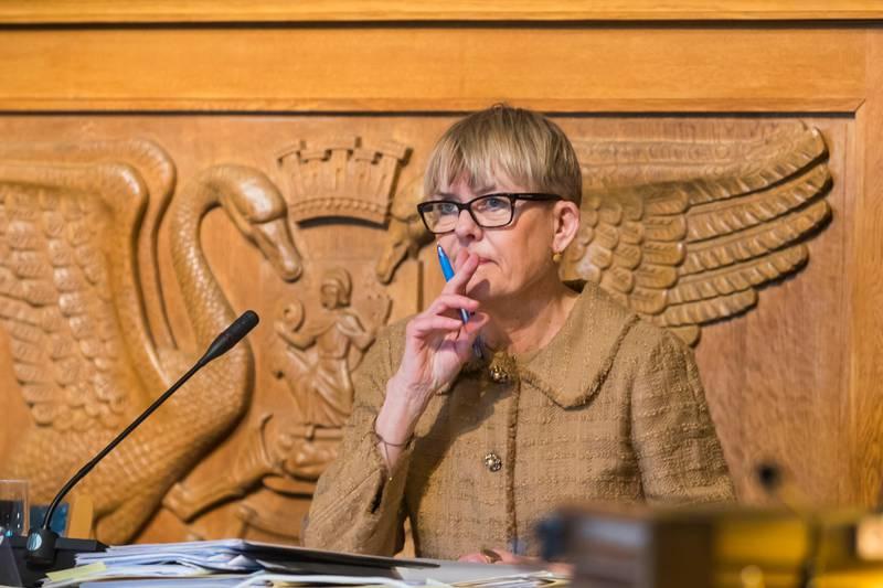 Oslo  20190110. Tidligere skoledirektør Astrid Søgnen etter torsdagens høring i Oslo bystyre. Foto: Heiko Junge / NTB scanpix