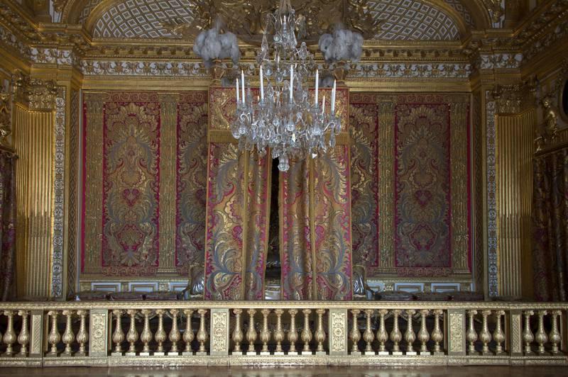 Kongens soverom var et av husets viktigste rom. Her måtte hoffet daglig se kongen stå opp – og legge seg. FOTO: DIDIER SALUNIER