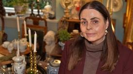 Hege (51) åpnet antikvitetsbutikk på Hvaler – med en helt spesiell forretningsidé