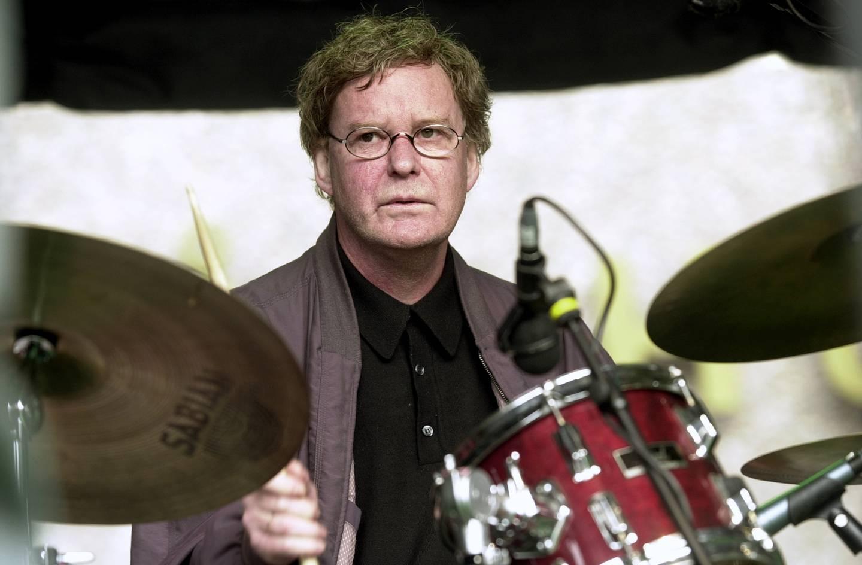 Trommeslager Jon Christensen fotografert på åpningen av Molde jazzfestival i 2000.