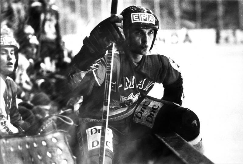 STYRKE:  Bjørn likte seg best på isen, og byttet først da han ble sliten. Noe som gjerne betydde nesten et kvarter på isen.
