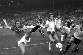 Hvem holder seg best etter 40 år - Abba, fotballandslaget eller partilederdebattene?