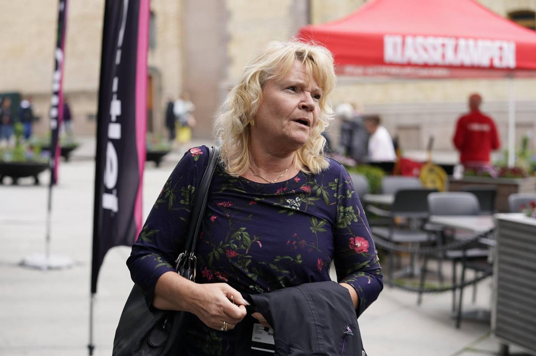 Oslo  20190605. Kari Kjønaas Kjos ankommer Frps  ekstraordinære landsstyremøte møte om bompenger onsdag ettermiddag. Foto: Heiko Junge / NTB scanpix