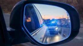 Mann (21) råkjørte på motorveien – mistet lappen