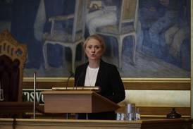 Arbeids- og sosialminister Anniken Hauglie (H) ber Nav-ofrene om unnskyldning