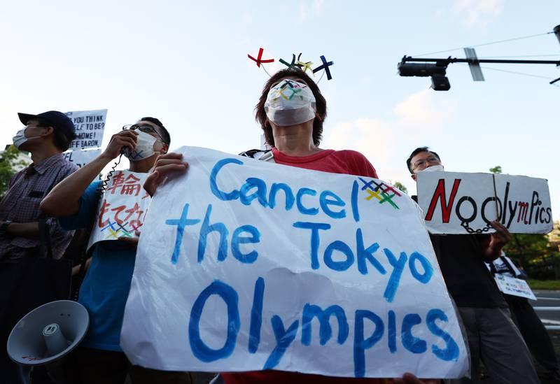 Protest OL Japan Tokyo