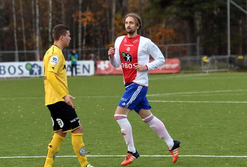 Eivind Sæther i sin siste kamp som A-lagsspiller, mot Raufoss i siste serierunde i høst.