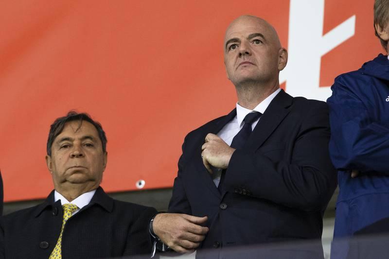 President Gianni Infantino og de andre Fifa-toppene ønsker å reformere den internasjonale fotballkalenderen. Foto: Svein Ove Ekornesvåg / NTB