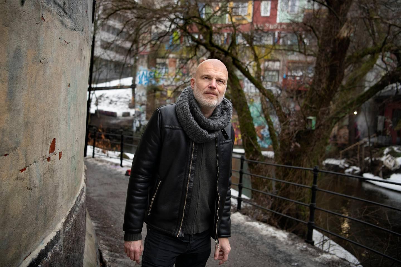 Arne Svingen. Forfatter. Utkommer med ny roman Alt jeg skylder deg er juling.