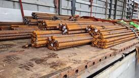 Fører ble anmeldt på stedet for dårlig sikring av 27.991 kilo stål