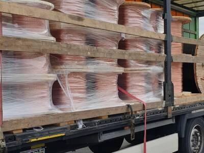 Grenseskred av tungbiler med dårlig sikret last