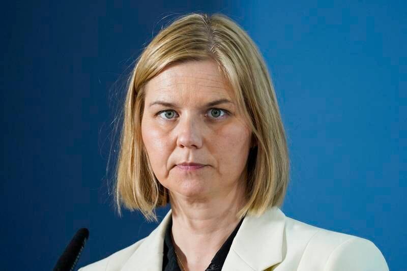 Venstre-leder Guri Melby raser mot Ap og Jonas Gahr Støre. Foto: Torstein Bøe / NTB