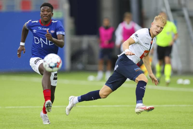 Uten så mye spilletid i ligaen så langt, fikk 18-årige Seedy Jatta spille begge kamper mot Gent i Europa. Noe som er nødt til å hjelpe ungguttens utvikling.