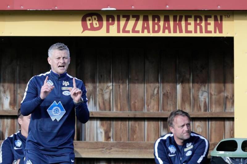 Molde-manager Ole Gunnar Solskjær bekrefter overfor Romsdals Budstikke at en av klubbens spillere er anmeldt og siktet for voldtekt. Her er han under torsdagens cupkamp i Oslo.