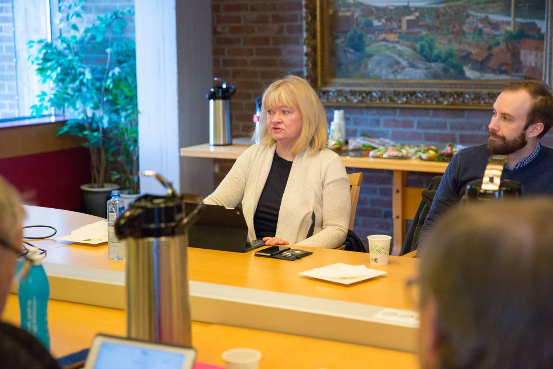 Sissel Rundblad, gruppeleder i Høyre, er positiv til elsparkesykler i Moss.