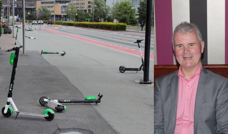 Lars Semmerud er blind, og møter en rekke utfordringer og hindringer i hverdagen sin. De nye elsparkesyklene som ligger slengt rundt omrking på fortauet skaper derimot en helt ny og farlig situasjon.