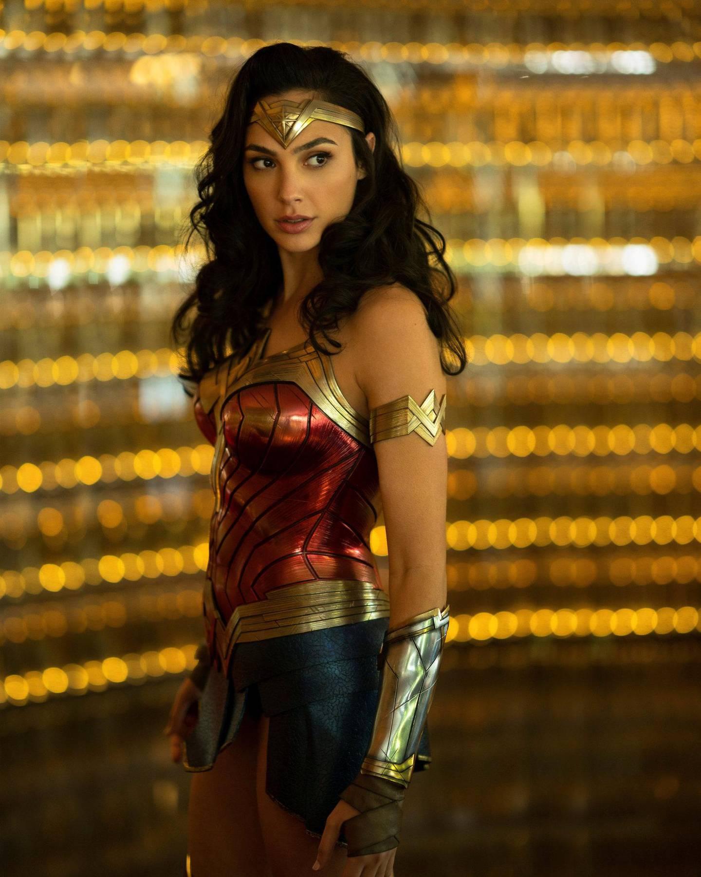 Premieren på den nye Wonder Woman-filmen er utsatt til august.