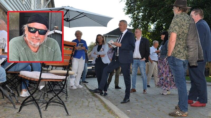 «Forsvarsminister Frank Bakke-Jensen lovte å komme tilbake til Gamlebyen neste år, men da til Jazzfestivalen. Det spørs om det blir noe særlig mer «swing» på utviklingen i Gamlebyen før takten endres radikalt.» skriver Hans Edvardsen, endringsagent i Gjeslingan AS.