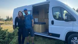 Ekteparet Cecilie og Fredrik bygget van om til bobil - nå reiser de landet rundt