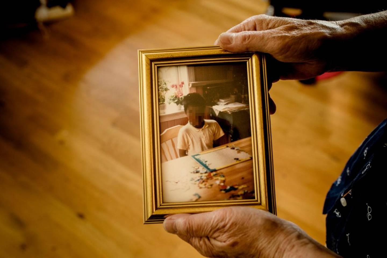 Foreldrene adopterte Karl for over 30 år siden.
