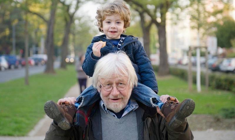 Friskere eldre og færre barn vil gjøre at andelen i arbeid ikke kommer til å falle dramatisk i framtida likevel, ifølge forsker. Illustrasjonsfoto.