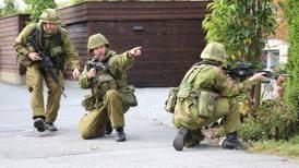 Heimevernet øver: 2000 soldater og mye røyk